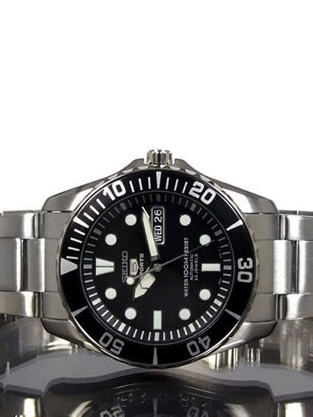 Seiko 42mm Sports 5, 23-Jewel Automatic Watch with Day and