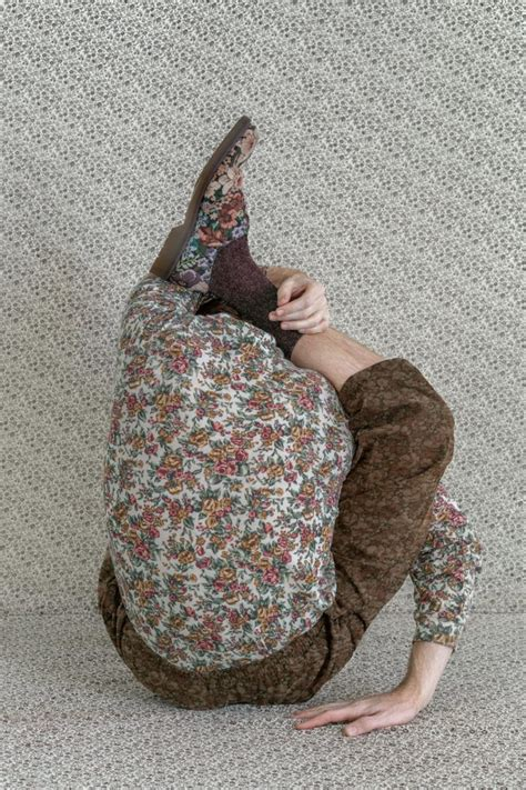 Brooke DiDonato and her new faceless portraits   Collater