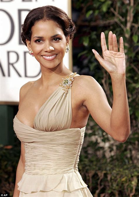 Gabriel Aubry argues he can't work after Halle Berry's